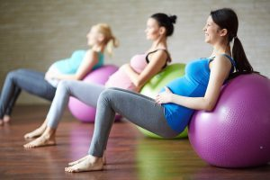 Pregnant-Women-Workingout-Together-300x200